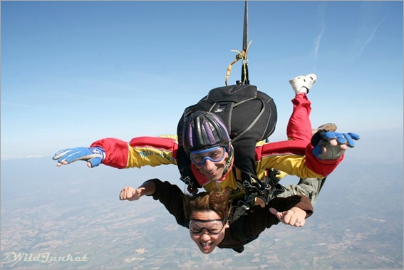 Nellie Huang sky dives over Costa Brava Photo: Wildjunket.com